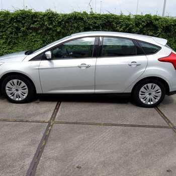 Ford focus 1.6 benzine duratec + GPS  euro 5